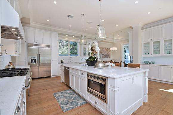Emerging Trend Hardwood Floors In The Kitchen